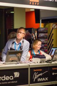 Vabatahtlikud Pimedate Ööde FImifestivalil. Hoto: Liis Reiman